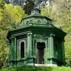 from the wonderful gallery of @bruce__budd The Music Pavilion at Linderhof #brucebudd #linderhofpalace #bavariansplendor #baroque