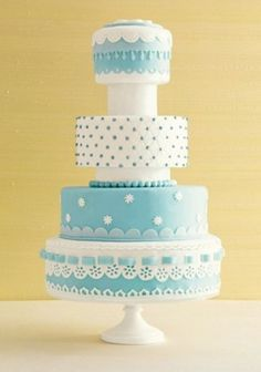 I love this higgledy piggledy cake!