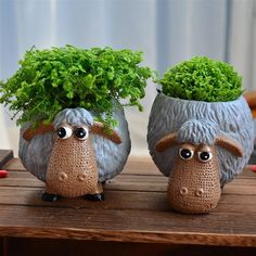 Ceramic planter pot flower pot lovely animal tabletop mini lovely sheep decorative is part of Ceramic flower pots - Ceramic Flower Pots, Ceramic Planters, Planter Pots, Clay Planter, Planter Table, Pottery Animals, Ceramic Animals, Decoration Plante, Cement Crafts