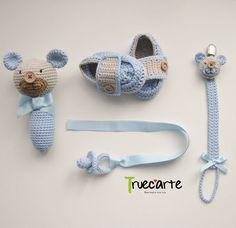 set for new baby Crochet Panda, Crochet Baby Cocoon, Crochet Baby Toys, Crochet For Boys, Crochet Beanie, Baby Knitting, Knit Crochet, Crochet Bunny Pattern, Crochet Patterns