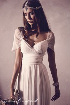 Anna Campbell 'Freja' dress and 'Isla' headpiece. www.annacampbell.com.au