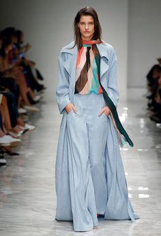 Fluid Silhouettes – Blumarine Spring Summer 2016 Fashion Show Collection #mfw