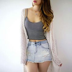 Image in Moda/Fashion collection by Anna Clara Santos Fraccaro Teen Fashion Outfits, Girly Outfits, Trendy Outfits, Cool Outfits, Crop Top Outfits, Skirt Outfits, Teenager Outfits, College Outfits, Summer Outfits For Teens