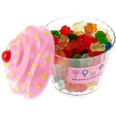 DYLAN'S CANDY BAR Cupcake with Gummy Bears (€24) ❤ liked on Polyvore featuring food, food and drink and food pictures