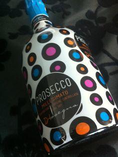 Italian White Wine, Wine Packaging, Prosecco, Soap, Patterns, Bottle, Block Prints, Flask, Bar Soap