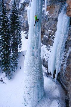 Frozen Fang waterfall, Vail, Colorado, USA.