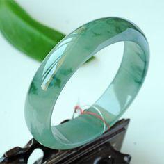 Natural Green jadeite jade bangle