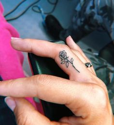 top amazing ideas for finger tattoos 13 ~ my.me top ama. - top amazing ideas for finger tattoos 13 ~ my.me top amazing ideas for fing - Jj Tattoos, Tiny Rose Tattoos, Tiny Tattoos For Girls, Small Finger Tattoos, Dainty Tattoos, Finger Tattoo Designs, Tribal Tattoo Designs, Pretty Tattoos, Mini Tattoos