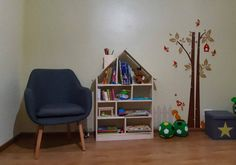 Items similar to Bookcase House Shaped / Natural color Bookshelf kids / Wooden handmade / Montessori / Kids room on Etsy Kidsroom, Bookcase, Toddler Bed, Kids Rugs, Shapes, Trending Outfits, Handmade Gifts, Big, House