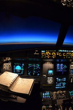 ❦  airviation:  Astronomical twilight at 37000ft