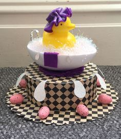 Fun with Easter Bonnets (Third Edition) Easter Bonnets For Boys, Easter Crafts For Kids, Easter Ideas, Easter Hat Parade, Cute Easter Desserts, Bonnet Hat, Easter Activities, Easter Eggs, Crowd