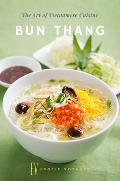 Are you travelling foodies who want to explore the Asian cuisine? Those places are definitely for you! Vietnamese Cuisine, Vietnamese Recipes, Delicious Dinner Recipes, Delicious Food, Food Map, Recipes From Heaven, Tasty Dishes, Veggie Recipes, Food Inspiration