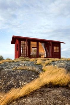 architecture beach cabin beach house design homes sommarnojen Tiny Cabins, Cabins And Cottages, Log Cabins, Camping Glamour, Little Houses, Tiny Houses, Beach Houses, Log Houses, Garden Houses