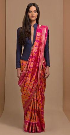 Buy saree and blouses online in india at cheapest price. Shop designer wedding saree, cotton saree, chiffon saree, bollywood saree with all new blouse designs. Blouse Back Neck Designs, Sari Blouse Designs, Saree Wearing Styles, Saree Styles, Anarkali, Lehenga, Hijab Saree, Dhoti Saree, Sari Bluse