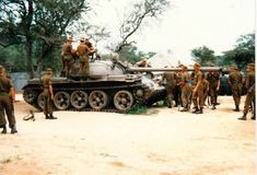 The South African Defence Force inspecting a captured during the Angolan War Once Were Warriors, Military Post, World Conflicts, Military Branches, Defence Force, Armored Fighting Vehicle, Military Modelling, Army Vehicles, Tank Design
