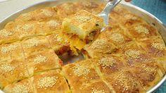 Domatesli Sucuklu Börek Tarifi;  http://www.oktayustam.com/tarifler/32146-domatesli_sucuklu_borek_tarifi.html