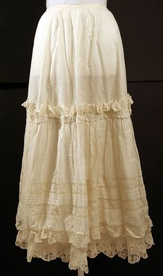 Petticoat Date: 1894 Culture: American Medium: cotton Dimensions: Length: 34 in. cm) Credit Line: Gift of Mrs. Vintage Corset, Vintage Underwear, Vintage Lingerie, Vintage Lace, Vintage Dresses, Vintage Outfits, 1890s Fashion, Victorian Fashion, Vintage Fashion