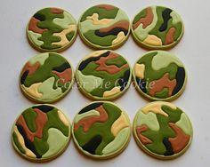 camo cookies ~ color me cookie