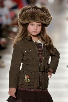 Love this winter hat for little girls!