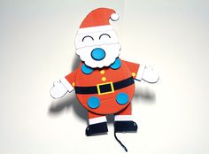 HOW TO MAKE: A Jumping Santa with cardboard, string and Makedo Re-clips. Watch him move.