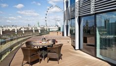 Impress guests with a reception on a terrace with a view at Park Plaza Westminster Bridge http://southbanklondon.com/our-guide-to-the-best-wedding-and-reception-venues-on-south-bank