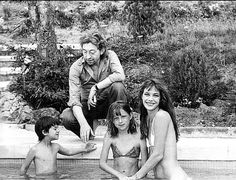 Charlotte Gainsbourg, Serge Gainsbourg, Kate Barry and Jane Birkin on holidays.