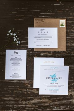 A Handcrafted DIY Midwest Meadow Wedding at Happy Days Lodge: http://www.stylemepretty.com/ohio-weddings/2014/08/29/a-hand-crafted-diy-midwest-meadow-wedding-at-happy-days-lodge/   Photography: Anna Zajac - http://anna-zajac.com/