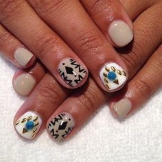 #Gel mani with #handpainted and #3D #nailart #longbeach (at East Village Arts District)