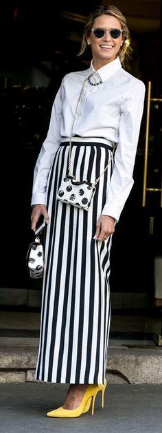 striped skirt | polka dot dolce & gabbana bag | white shirt outfit | street style | milan fashion week