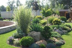 If you were looking for (modern garden design), take a look below Rock Garden Design, Garden Landscape Design, Landscaping With Rocks, Front Yard Landscaping, Landscaping Ideas, Mulch Landscaping, Colorado Landscaping, Mulch Ideas, Country Landscaping