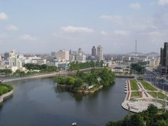Wuxi, Chine | For more see: Mom's second visit .