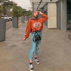 Inspiration Hijab Style Outfit of The Day (OOTD) 2019 Remaja Jeans hangout Ig :. hijab remaja casual Inspiration Hijab Style Outfit of The Day (OOTD) 2019 Remaja Jeans hangout Ig :. Hijab Casual, Ootd Hijab, Hijab Chic, Casual Outfits, Classy Outfits, Vintage Outfits, Modern Hijab Fashion, Street Hijab Fashion, Muslim Fashion