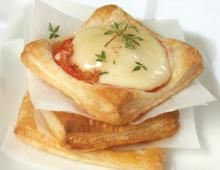 Ile de France Chaumes Cheese Pomodoro Mini-Pizzas on Puff Pastry #Recipe #Cheese