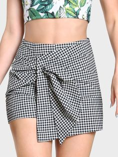 SheIn offers Front Bow Ruched Overlap Gingham Skort & more to fit your fashionable needs. Cute Skirts, Short Skirts, Mini Skirts, Casual Dresses, Fashion Dresses, Gingham Skirt, Plaid Skirts, Skirt Outfits, Cute Outfits
