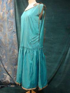 Evening dress Lanvin, 1920s 30s Fashion, Fashion History, Vintage Fashion, Fashion Outfits, Vintage Clothing Styles, 1920s Outfits, Vintage Style Outfits, Vintage Dresses, 1920 Style