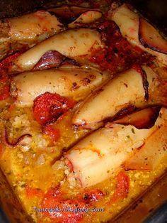 Καλαμαρια γεμιστα Greek Recipes, Veggie Recipes, Fish Recipes, Other Recipes, Seafood Recipes, Pasta Recipes, Yummy Recipes, Kitchen Recipes, Cooking Recipes