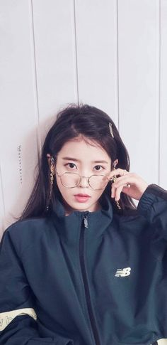 Pretty Korean Girls, Cute Korean Girl, Cute Asian Girls, Korean Actresses, Korean Actors, Iu Fashion, Korean Celebrities, Korean Outfits, Poses