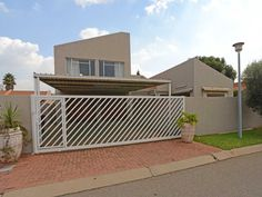 2 Properties and Homes For Sale in Boksburg, Boksburg, Gauteng Blue Pool, 3 Bedroom House, Outdoor Living, Outdoor Decor, Kingston, Home And Family, Home Appliances, Real Estate, Patio