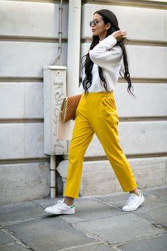 mellow yellow. Paris.