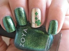 Cool St. Patrick's Day Nail Art Designs To Try  #naildesigns #st.patricksdaynails