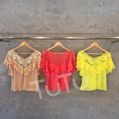 #mulpix As blusas mais lindas chegando!! Sabadão cheio de news para as festinhas do feriado! (cod.742) R$219,90 Bege, coral e amarelo!  #bata  #summer  #blusabata  #lojatutu - Para infos sobre preços, tamanhos, disponibilidade e vendas a distância: ☎️ (81)3038.1414 📲 Whatsupp 81- 99331.4117 📨 contato@usetutu.com.br  Beijos!