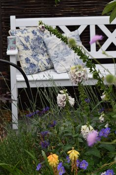 Choosing benches for your garden.
