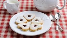 Small dollops of fruit jam add an extra touch of sweetness to these moreish French butter cookies. Sponge Cake Recipes, Cookie Recipes, Dessert Recipes, Desserts, Luncheon Recipes, Cookie Ideas, Party Recipes, Tea Recipes, Baking Recipes