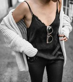Fashion idea | Womenswear | Street style | Lace cami | Chunky knit | Beige Renegade | Sunglass | Black | Summer trend