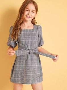 Teenage Girl Outfits, Little Girl Outfits, Girls Fashion Clothes, Tween Fashion, Kids Outfits, Cute Outfits, Fashion Outfits, Stylish Dresses For Girls, Frocks For Girls