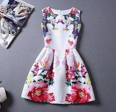 Vestido Branco e Floral Sem Mangas (cod. 1315)