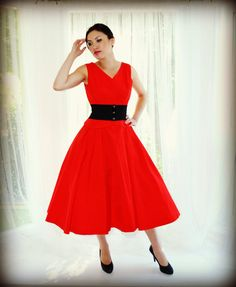 Bright Red Vintage Party Dress Vintage Circle by empressjade 50s Dresses, Vintage Dresses, Vintage Outfits, Formal Dresses, Full Circle Skirts, New Look, Pink Ladies, Party Dress, Bright