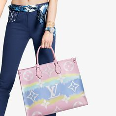 Inspired by the ancient Japanese Shibori technique of knotting and folding the fabric before dyeing it, the LV Escale Collection brings a fresh colorful beach feel to the Onthego GM tote bag for Summer Louis Vuitton Store, Louis Vuitton Neverfull, Louis Vuitton Handbags, Purses And Handbags, Blue Handbags, Louis Vuitton Official Website, Canvas Handbags, Light Brown Hair, Vuitton Bag