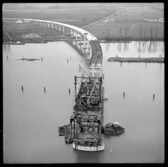 Port Mann bridge under construction Vancouver City, Vancouver Island, West Coast Canada, Photographic Studio, Local History, Back In The Day, British Columbia, Bridges, Old Photos