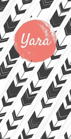 Trendy geboortekaartje met een bohemian patroon van pijlen en vintage oranje roze vlak met daarin de naam van jullie kindje. Stoer lief kaartje voor meisjes!